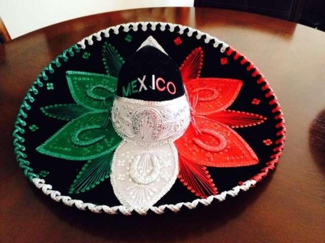 Vendo gorros mexicanos