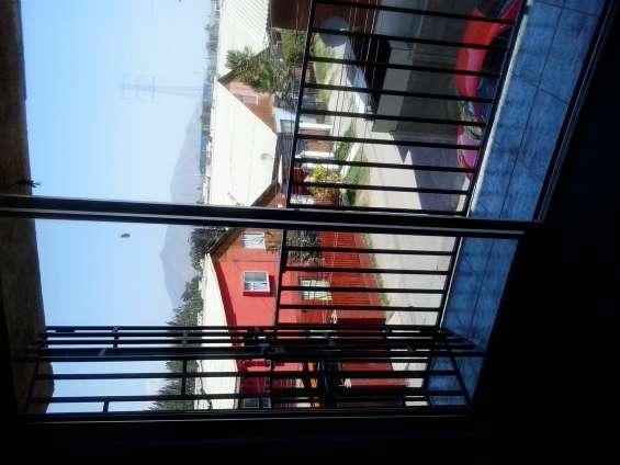 Balcon en tercer piso