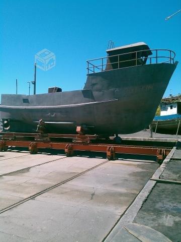 Barco de acero en refacciòn