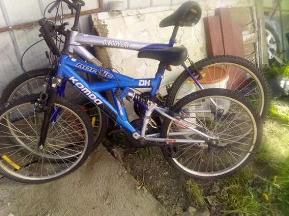 Vendo 2 bicicletas con detalles pequeños.