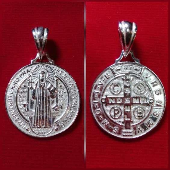 Medalla de san benito original chile merced 738 l.211 stgo